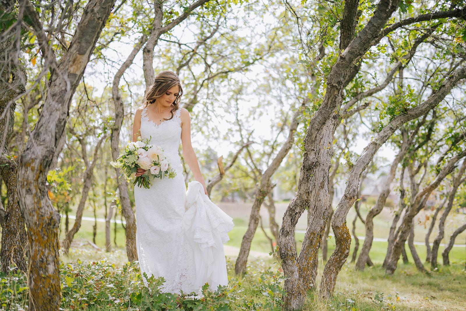 Blush & Gray September Golf Course Wedding in Colorado